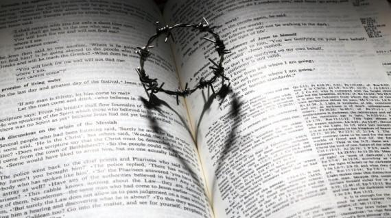 bible-heart-crown